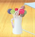 Jarra con macarons . Precio: 6 sd . (Lo amé *-*)