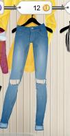 ¿Quién nos prohibió unos jeans un poquito rotos? ¿Quién dijo que no combinaban con nada? Estos son preciosos,no muy rotos,para las menos atrevidas,pero elegantes!